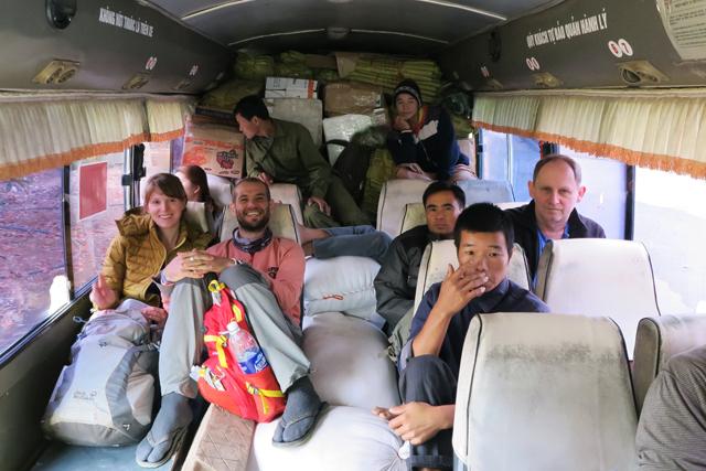 Auf der Busfahrt von Dien Bien Phu nach Muang Khua