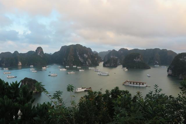 Panorama von Dao Ti Top, Halong Bucht