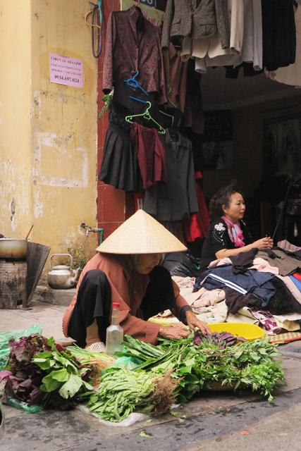 Vendedoras en las calles de Hanoi