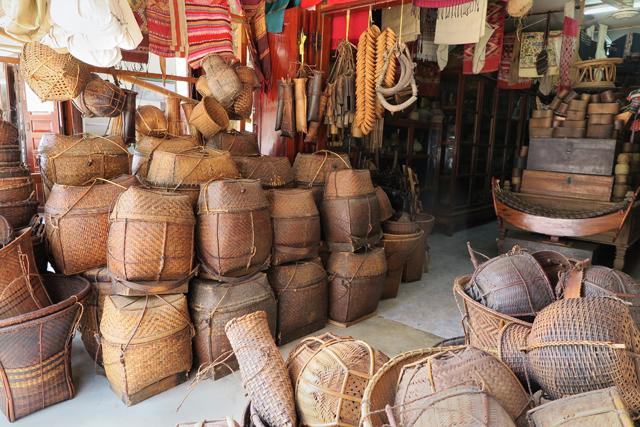 Tienda de antigüedades Luang Prabang, Laos