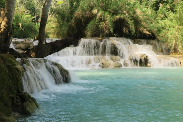 Zona apta para el baño en las Cataratas de Kuang Si, Luang Prabang, Laos