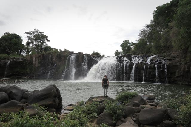 Wasserfall Tad Lo. Bolaven Plateau, Laos.